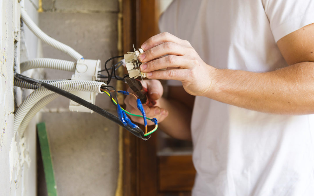 Why You Should Leave Emergency Electrical Repairs to Professionals