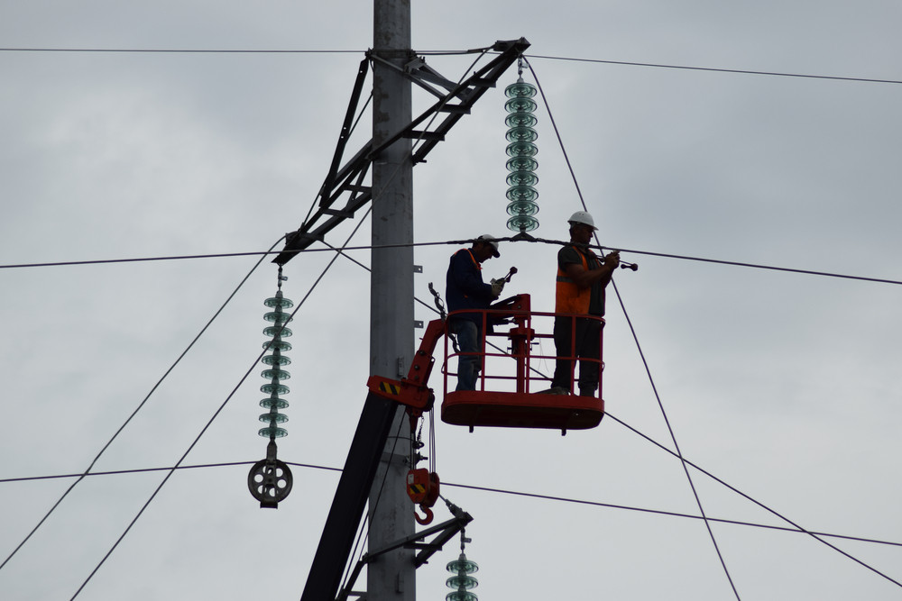 How to Stay Safe in a Summer Power Outage